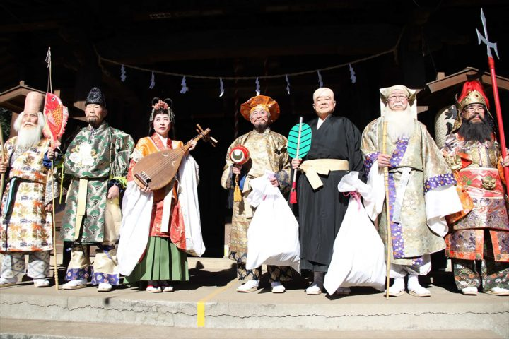Yono Shichifukujin (Seven Gods of Fortune) Pilgrimage
