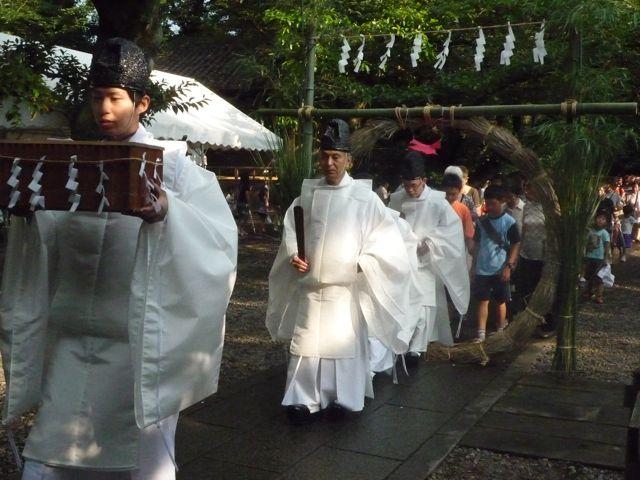 茅の輪くぐり・夏越の大祓いで厄よけ(岩槻久伊豆神社)