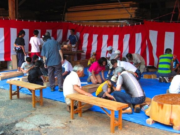 夏祭り・親子木工教室01